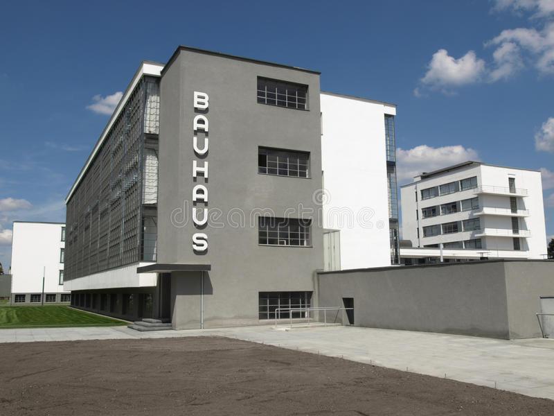 bauhaus-dessau-10535283